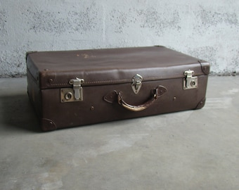 The world Vintage suitcase