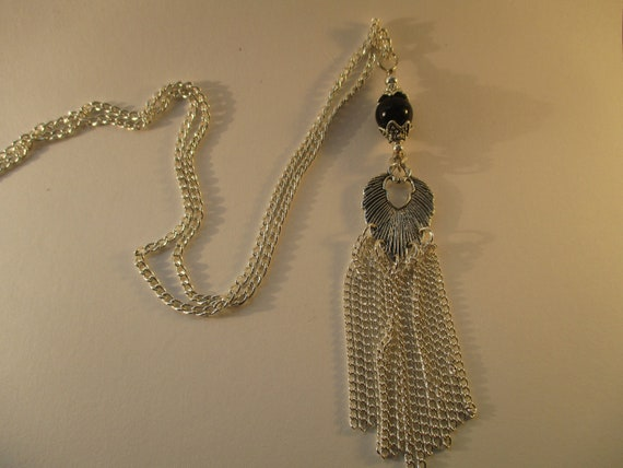 Black Onyx and Feather Pendant Tassel Necklace N626178
