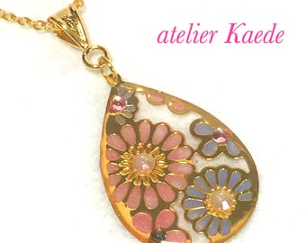 """Necklace """"antique flower - pale pink and blue"""""""
