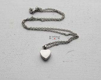Dainty Cremation Urn Necklace | Urn Jewelry | Ash Urn Necklace | Memorial Jewelry | In Loving Memory | Heart Necklace | Stainless Steel
