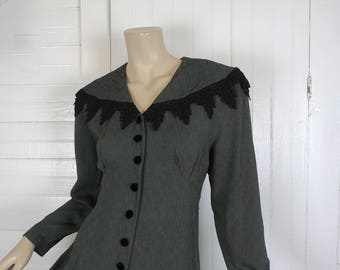 90s Winter Witch Dress in Gray Green- 1990s Goth Grunge- Pine Green- Long Sleeve- Black Lace- Small- Empire Waist, Fit & Flare- 30s Inspired
