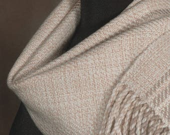 Handwoven merino wool winter scarf / almond beige
