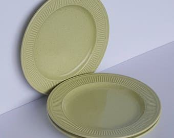 RARE Venezia Tabletops Unlimited Chartreuse Mint Green Dishes Plates Set of 3