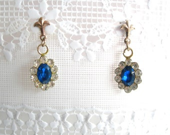 Victorian style earrings, blue stone, Sterling silver, vintage,mini earrings