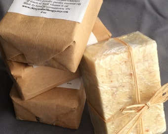 All-Natural Lemon and Basil Exfoliating Soap