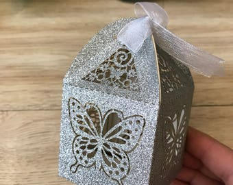 100pcs Butterfly Gift Boxes,Handmade Packaging Box,Wedding Gift Box with ribbon,Laser Cut Cake/Candy/Chocolate Gift Packaging Box,Paper Box