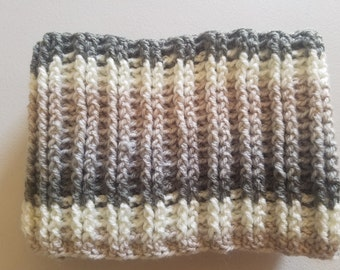 Cowl / Infinity Scarf