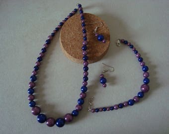 Fancy in shades of purple and dark blue jewelry set