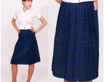 Vintage 1950s Dark Blue Plaid Pleated Skirt | Medium