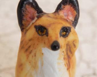 red fox miniature figurine statue porcelain sculpture totem animal