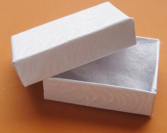 100 TINY White cotton filled boxes - perfect for CANADIAN Shipping