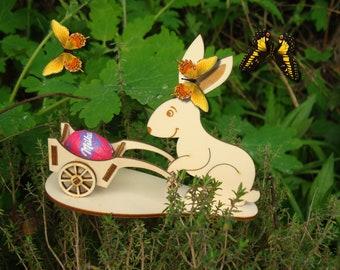 HD005 Easter Bunny, it's put an egg on wheelbarrow