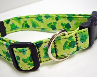 Green Frog collar by Doodlebug Duds