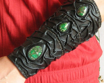 Medieval Sorcerer Wizard Druid Warrior Queen Witch Leather SINGLE Forearm Bracer with Green Gemstones