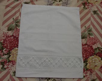 """Vintage Pillow Top Norwegian Hardanger Embroidery, Beautiful and Unused 17 1/2 x 20"""""""