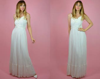 Vintage 1970s Bohemian Summer Wedding Dress