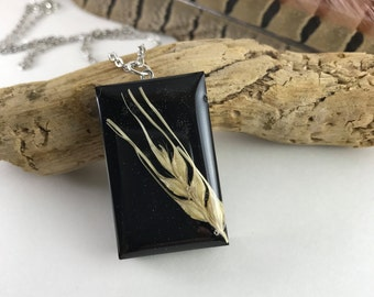 Barley necklace
