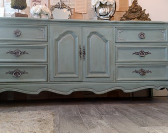 Sold Refinished Vintage French Provincial Curio Display