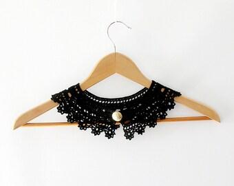 Black Lace Collar Neklace