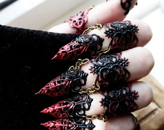 Ebony Armour - Full hand set Midi Claw Rings Red and Black - Halloween Costume - Nail Rings - Goth Jewellery - Cosplay Armour - BDSM Claws