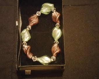 Green and bronze twist bead bracelet