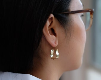 Teresa's Gold Open Hinge Hook Earrings