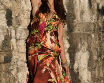 Gypsy traveler that wants to have one of a kind multipurpose dress, which can be worn in 9 different ways.