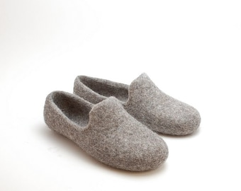 Felted loafers in gray wool