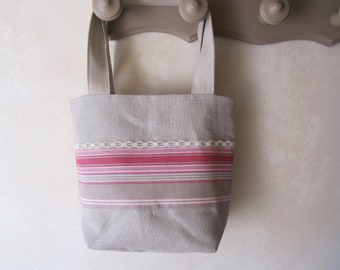 Spring bag in linen and striped fabric