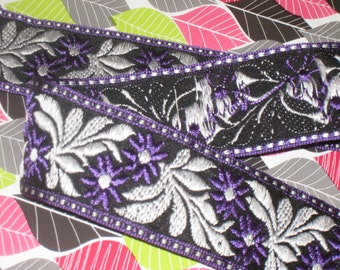 """3 yards in 1 5/8"""" width woven poly cotton tapestry trim with sea grape, white & black color embroidery woven trim for you"""
