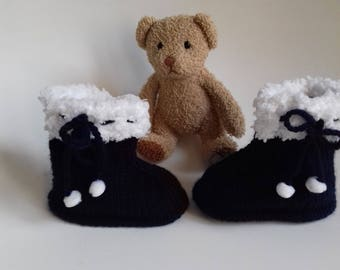1 pair of slipper Blue Navy and white for baby