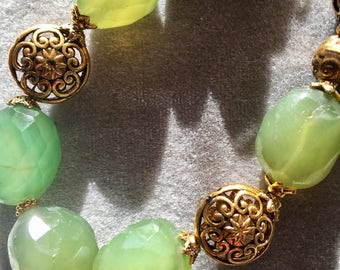 Green and gold chalcedony necklace