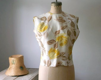 Vintage 1950s 60 Sleeveless Summer Shirt,  Yellow Roses Summer Top, Styled By Sybil, Women's Vintage Fashion
