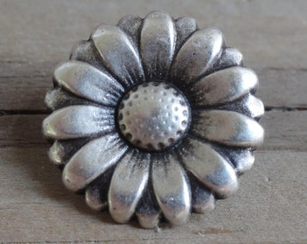 Small Daisy Metal Buttons - Antiqued Silver with Shank - 5/8 inch