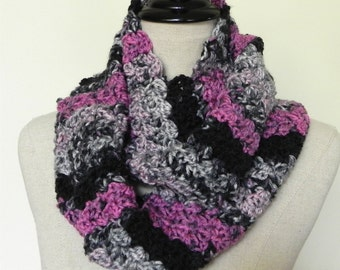 Crochet infinity scarf in shades of gray, pink and black, Parfait fans cowl with scallops is ready to ship