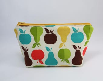 Pears and Apples Essential Oil Bag (Essential Oil Travel Bag, Essential Oil Storage, Essential Oil Pouch, Cosmetics Bag, Makeup Bag)