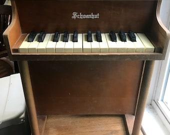 Vintage Schoenhut Childs Toy Piano Upright 25 Keys