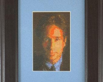 Croix en portrait cousu de David Duchovny tant que Fox Mulder de X-files