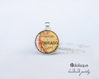 Chicago Vintage Map Pendant Chicago City Necklace Jewelry Glass Dome Cabochon Silver Retro  CS64