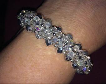 Sparkle Flower Layer Bracelet