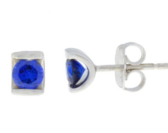 0.50 Ct Blue Sapphire Stud Earrings .925 Sterling Silver Rhodium Finish