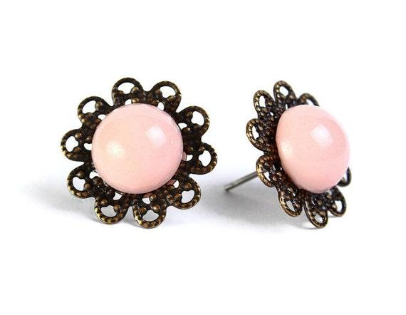 Vintage pink hypoallergenic surgical steel post earrings (476)