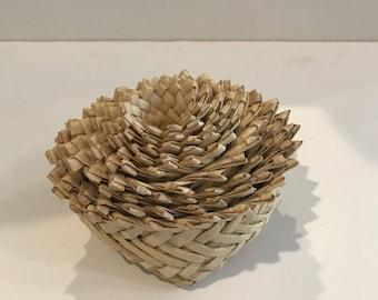 Set of 9 woven nesting baskets