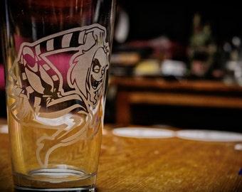 SALE!!!!! Beetlejuice cartoon etched beer pint glass.