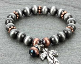 Navajo Pearl with Cross Charm Stretch Bracelet