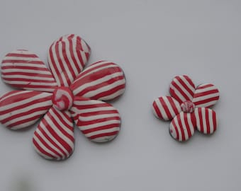set of 2 shapes flowers, stripes