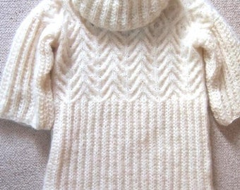 Warm and soft 3/4 sleeve tunic sweater