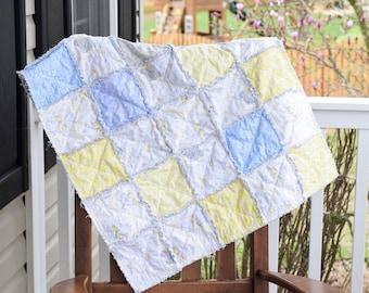 Baby rag quilt, Gender neutral Rag Quilt, Unique rag quilt, Ready to ship rag quilt, baby shower gift , new baby gift, handmade rag quilt