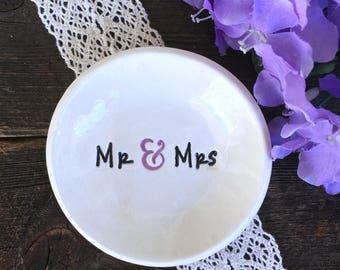 Ring Dish - Mr & Mrs - Ring Bowl - Wedding Ring Holder - Wedding Ring Dish - Wedding Gift - Jewelry Dish - Trinket Dish
