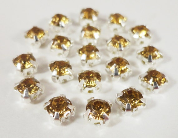 Rose Montee Beads 4mm Champagne Yellow Silver Plated Crystal Glass 4 Hole Sew on Rhinestone Beads for Jewelry Making, Chaton Montees 24pcs